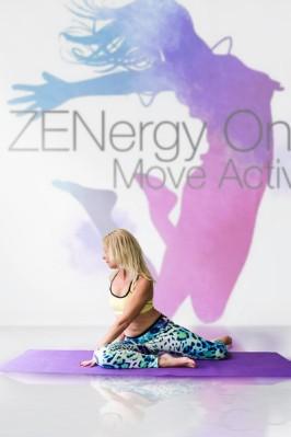 Zenergy - yoga - jessie d images - stretch-L